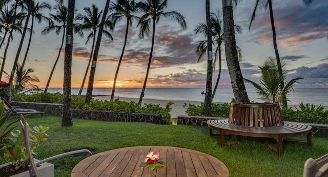"""""""Pau Hana"""" is a Hawaiian expression which loosely indicates that the work day is done, that it's time for cocktails, rest, and relaxation. If you're looking for the Pau Hana feeling every hour of the day, then KBB is where you need to be. Happy Aloha Friday everyone 🌺 . . #keikibeachbungalows #keikibeach #northshoreoahu #northshore #pupukea #oahu #hawaii #hawaiilife #luckywelivehawaii #luckywelivehi #instahawaii #hawaiiunchained #808 #808life #808state #hawaiiansun #hawaiisunset #beachbungalow #endlesssummer #islandlife #islandliving #aloha #livealoha #alohastate #alohavibes #alohastateofmind"""
