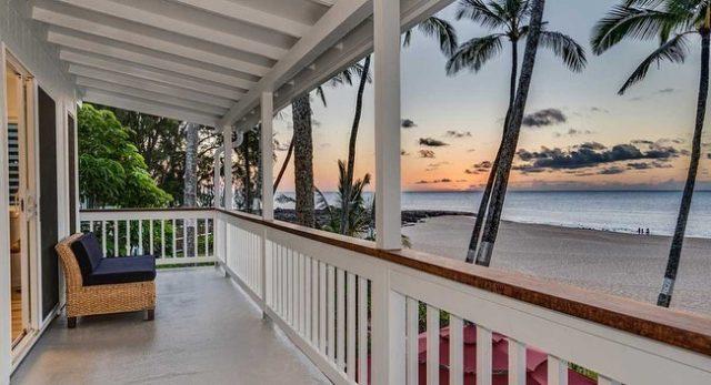 "Now let's take a close-up look at one of KBB fans' favorite bungalows, The Orchid (aka ""No.9"") 🌴🤙 Call Greg at 1-866-638-8229 to check dates . . #keikibeachbungalows #keikibeach #northshoreoahu #northshore #pupukea #oahu #hawaii #hawaiilife #luckywelivehawaii #luckywelivehi #instahawaii #hawaiiunchained #808 #808life #808state #hawaiiansun #hawaiisunset #beachbungalow #endlesssummer #islandlife #islandliving #aloha #livealoha #alohastate #alohavibes #alohastateofmind"